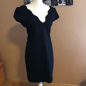 Scalloped detail Black Dress